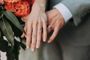 bodas pequeñas y sencillas